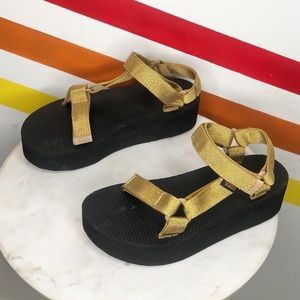 NEW Teva platform gold sandals